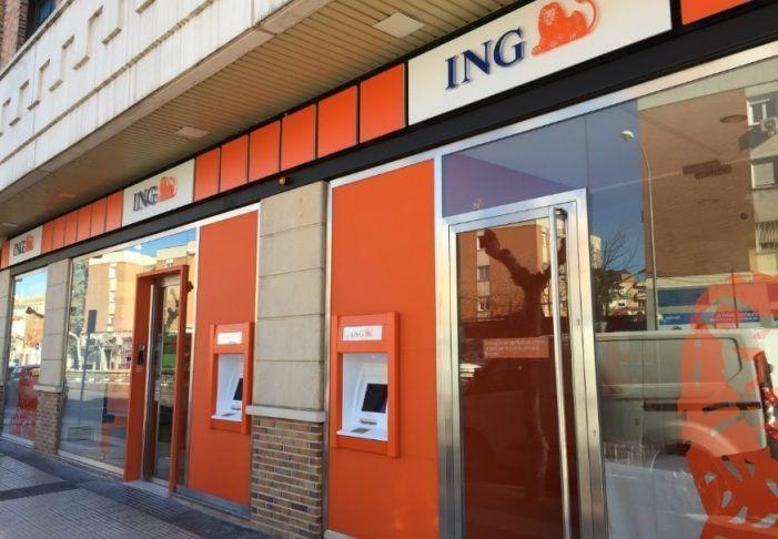 """Almudena Román: """"1 de cada 3 vecinos de Majadahonda tiene una cuenta en el banco ING"""""""