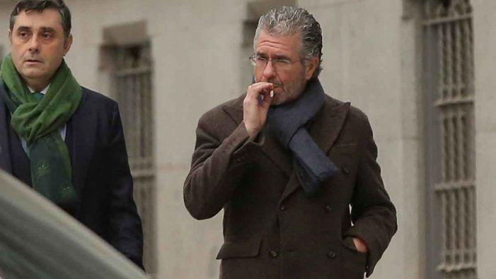 """Granados sacude el PP madrileño: exculpa a Majadahonda y acusa a la entonces """"pareja"""" Cifuentes-González del """"pelotazo"""" de Arganda"""