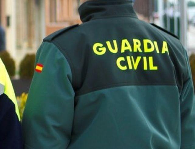 Guardia Civil vigila a las aficiones de Navalcarnero y Rayo Majadahonda para sancionar intolerancia y gritos racistas