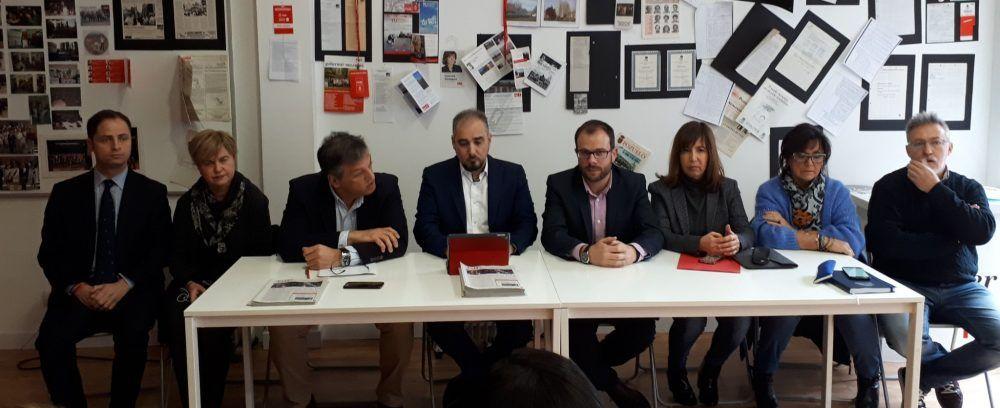Transporte Majadahonda: Autobuses Roza Martín (Ayuntamiento), Tráfico (Cs) y Cercanías (PSOE)