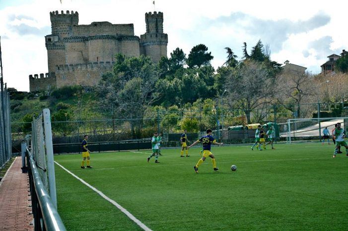 Fútbol base: Puerta de Madrid (Majadahonda) desarrolla su idea del fútbol con victoria en Manzanares el Real