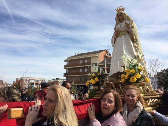 """La Semana Santa concluye en Majadahonda entre emotivas saetas, el """"Encuentro"""" y la Quema del Judas"""