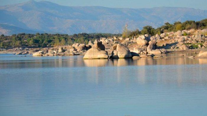 Las fuertes lluvias en la zona Oeste no logran paliar la sequía del embalse de Valmayor (55%)