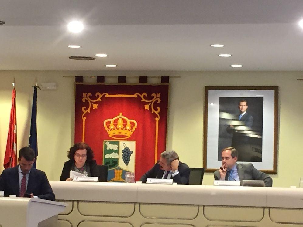 """Riquelme (PP) rechaza las quejas policiales de CPPM y se centra en el edificio: """"la constructora no ha cumplido"""""""