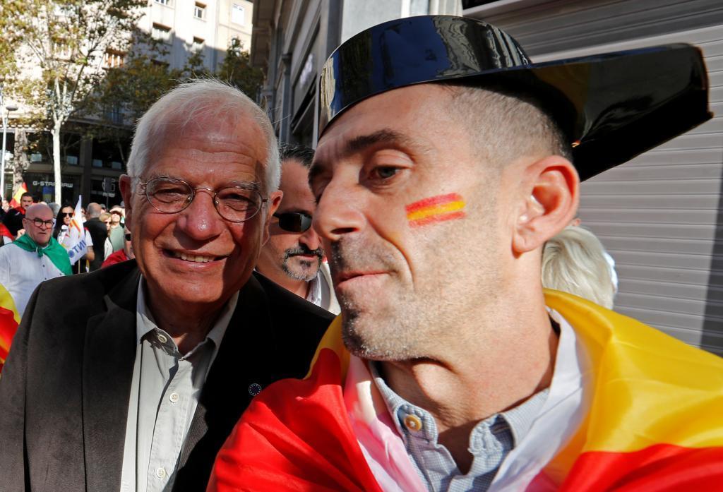 "Pedro Sánchez ""resucita"" al ""clan de Majadahonda"" con Borrell como ministro"
