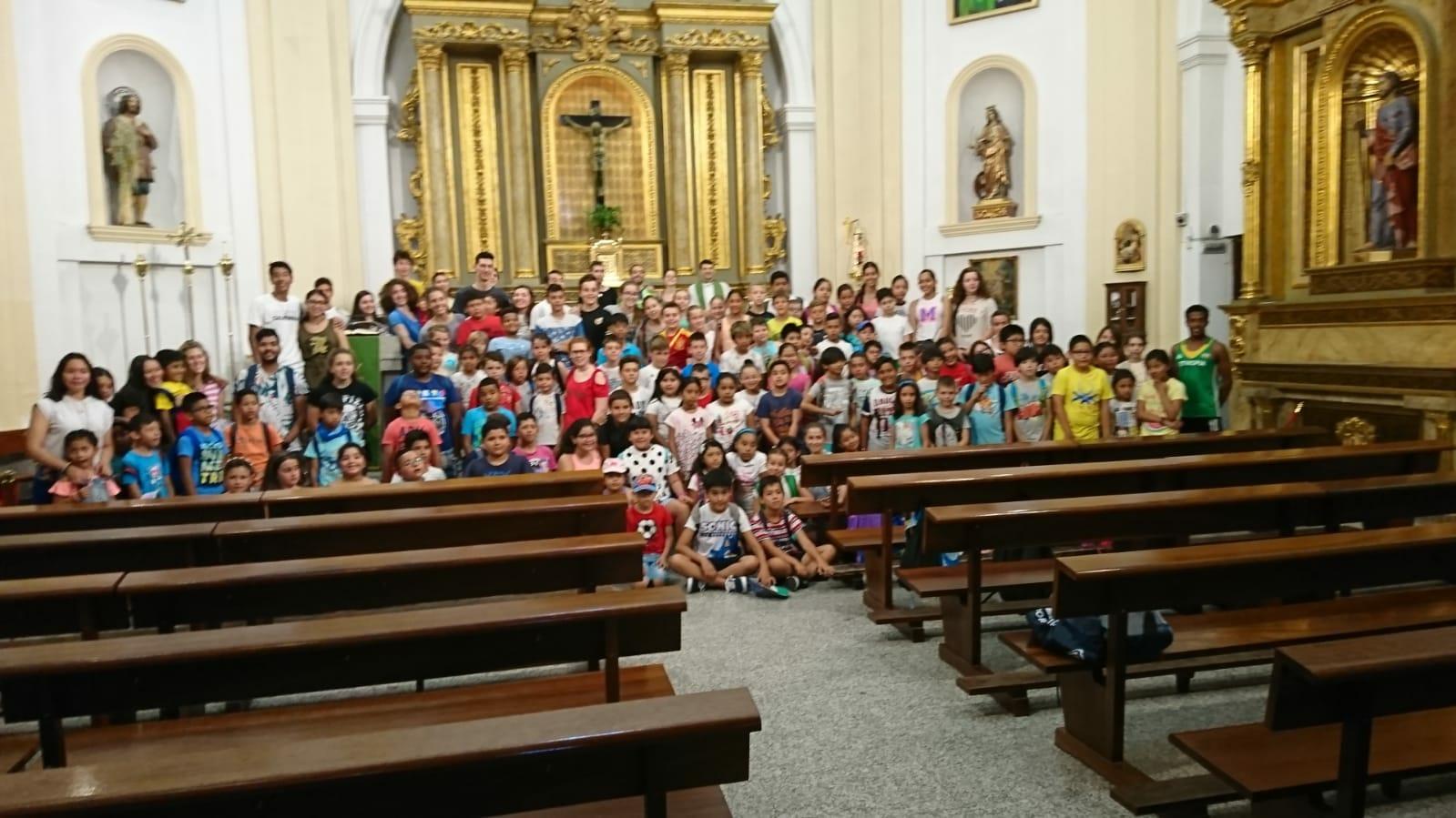 120 niños de Majadahonda disfrutan con el solidario campamento urbano Santo Domingo
