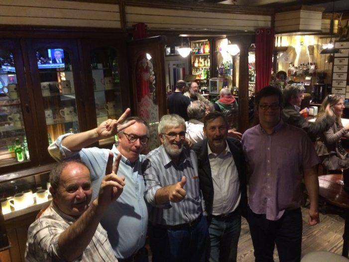Socialistas de Majadahonda celebran la llegada de Pedro Sánchez a la Moncloa