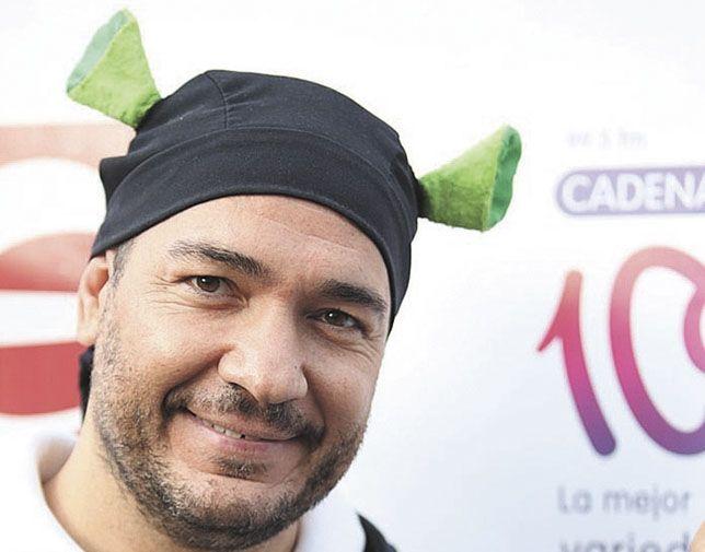 """Somos: PP Majadahonda contrata al DJ """"El Pulpo"""" porque """"alza el brazo con el himno nacional"""""""
