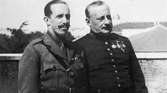 """Primo de Rivera y Paco """"el Vinanes"""": """"el popular dictadorzuelo de Majadahonda"""""""
