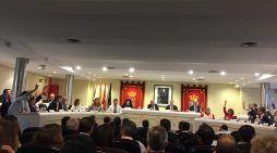 """Récord vecinal en el pleno de Majadahonda: 110 asistentes pero el """"muerto"""" a Roza Martín"""