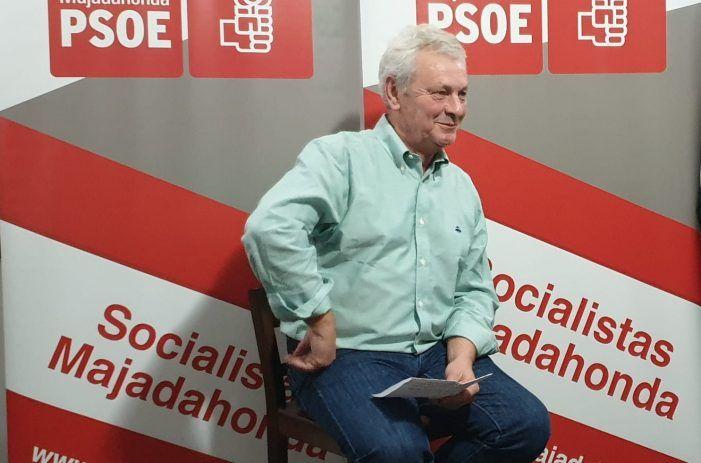 """Manolo Fort adelanta su candidatura a primarias a sus """"fieles"""" del PSOE Majadahonda"""
