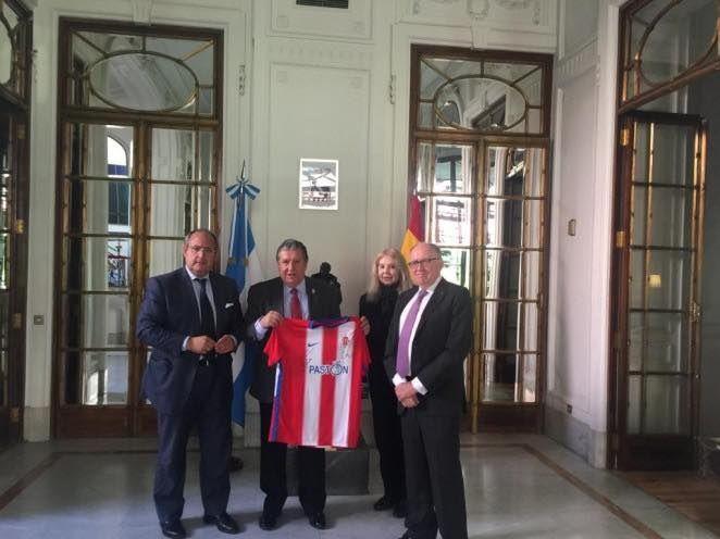 Rotary Club Majadahonda crea una escuela de fútbol con el Sporting de Gijón en San Fernando (Argentina)