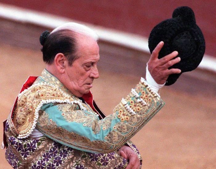 """Nostalgia en el 7º aniversario de la muerte del torero """"Antoñete"""" en Majadahonda"""