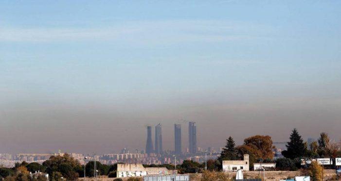 """El número de avisos por """"ozono malo"""" persiste en Majadahonda por los atascos que rodean sus autovías"""