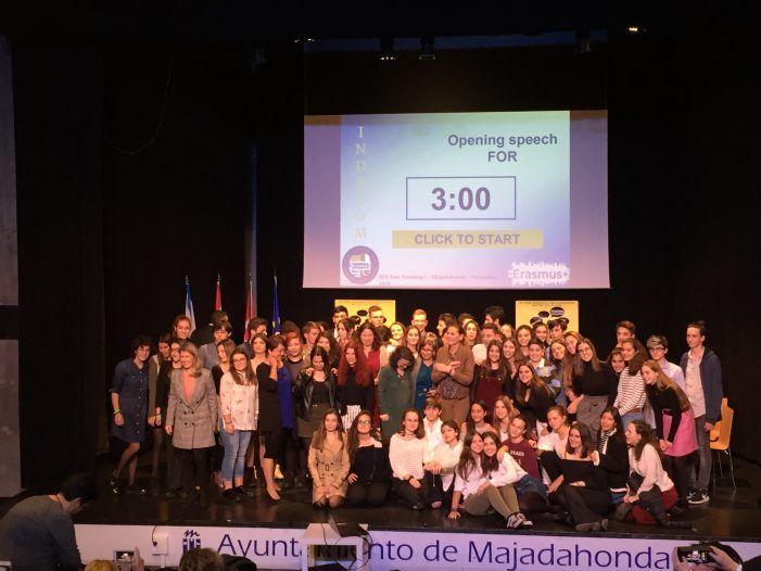 """Alejandra García, directora del Saramago (Majadahonda): """"Nuestro reto es el bachillerato internacional"""""""