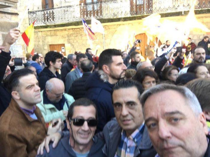Tres afiliados de Vox Majadahonda sufren agresiones en Alsasua (Navarra) por homenajear a la Guardia Civil
