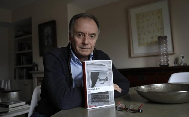 """La novela """"Sur"""" obtiene el Premio Umbral 2019: Majadahonda pone 12.000 € pero no sale en la prensa"""