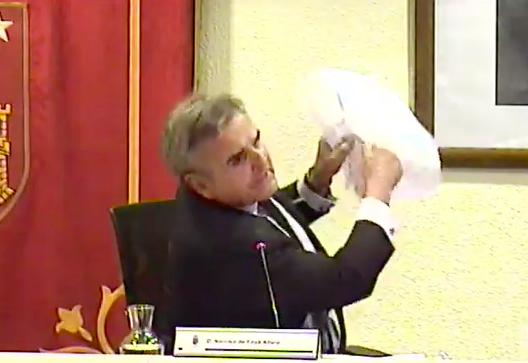 """La juez del nº 4 de Majadahonda archiva el """"caso Puerta de Hierro"""" contra Foxá y sus concejales"""