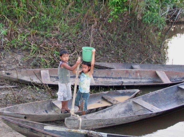 Cultura y Sociedad Majadahonda: Amazonia Requena (solidaridad) y Adolfo Burriel (poesía)