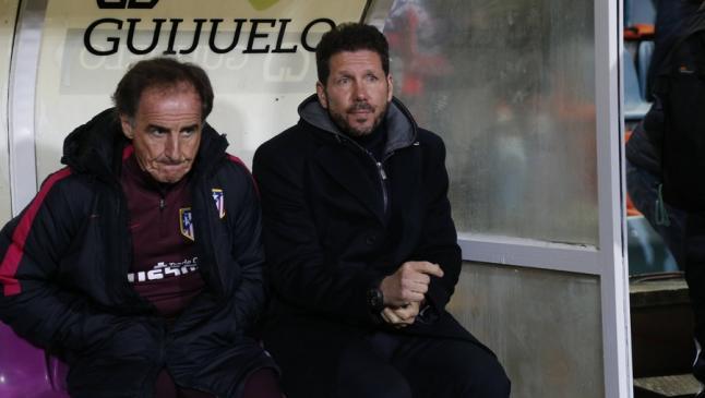 """Un periodista de """"Marca"""" compara las lesiones de At. Madrid y Rayo Majadahonda: no es culpa """"del césped"""" y apunta al """"Profe"""" Ortega"""