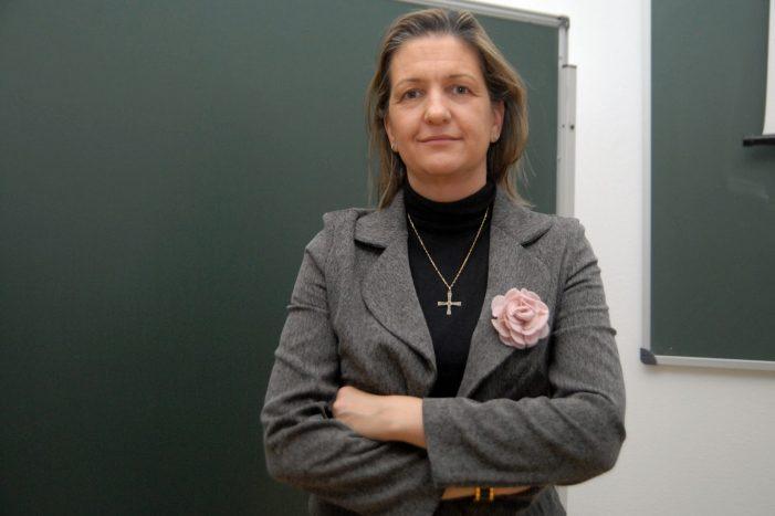 """Fregar se te da mejor que entrenar"": la jefa de prensa de ""Willy"" (PP Majadahonda) contra ""Pepu"" (PSOE)"