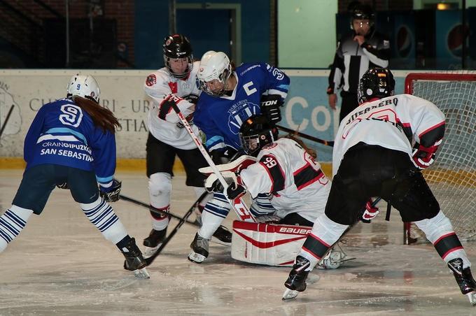 Hockey Hielo: SAD Majadahonda masculino y femenino acaparan las crónicas de la prensa deportiva