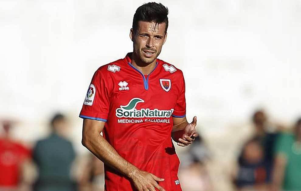 Protagonistas Fútbol Majadahonda: Manu del Moral (pasado en Numancia), Iza Carcelén (2º defensa goleador en 2ªA) y amistoso en Leganés