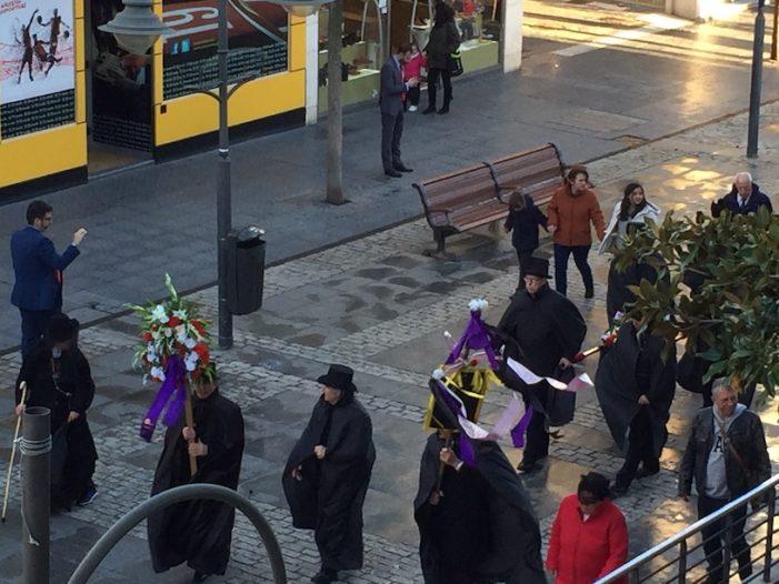 """El entierro de la sardina cierra los carnavales de Majadahonda y da """"paso"""" a los ensayos de Semana Santa"""