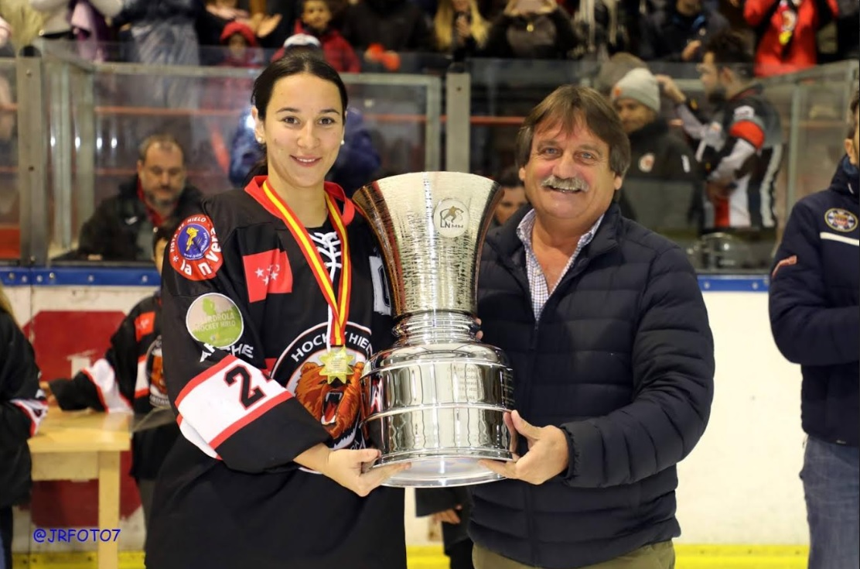 """Juan Bravo (Hockey Hielo Majadahonda femenino): """"Fuimos superiores pero tenemos que canalizar la motivación"""""""