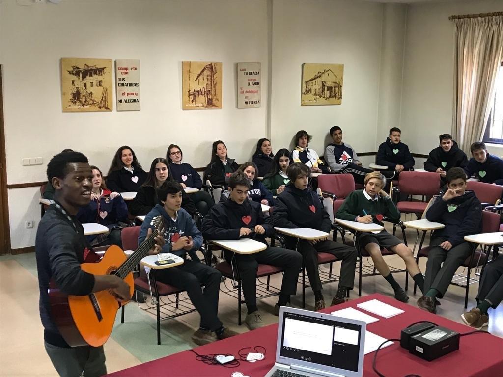 """Protagonistas Educación Majadahonda: Víctor Fernández (IES Saramago), """"Viaje de la Pascua"""" (Colegio Mª Auxiliadora)"""