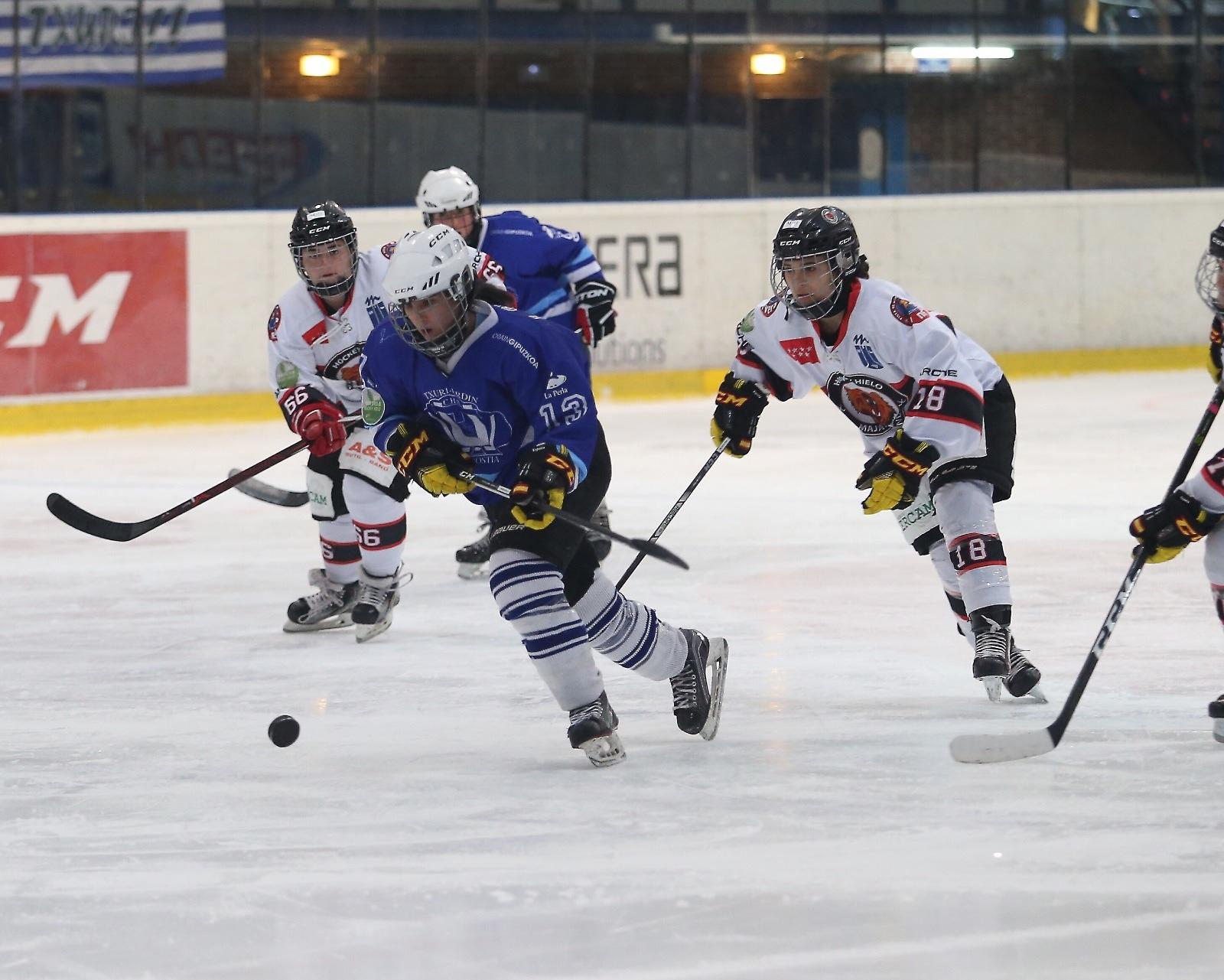 La doble gesta del Hockey Hielo Majadahonda: el femenino a por su 6ª liga y el masculino a por la Copa