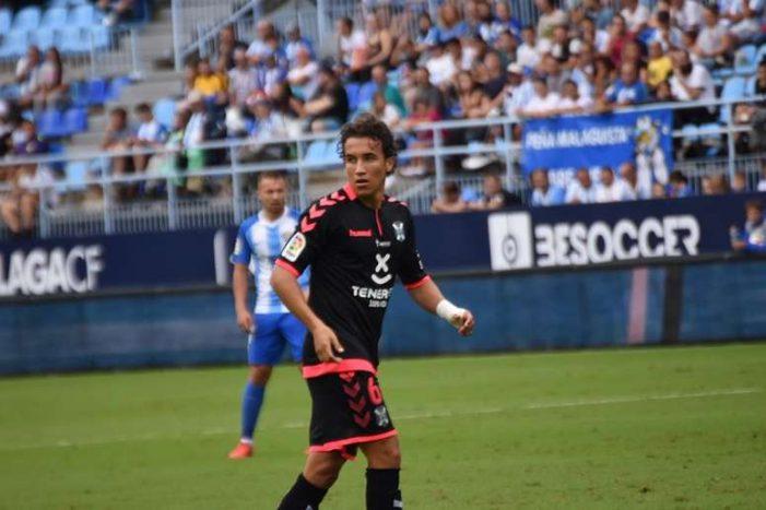 """El majariego Luis Milla elegido mejor jugador del Tenerife tras su """"partidazo"""" en el Cerro: renovado"""