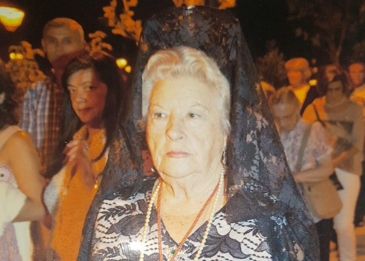 """Fallece a los 86 años Valentina Villegas """"Valen"""", la más popular vendedora de prensa en su kiosco de Gran Vía (Majadahonda)"""