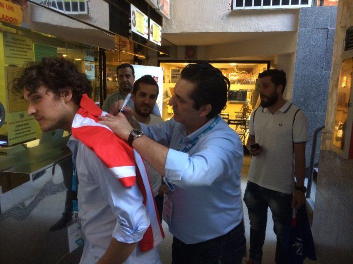 Fútbol: Paolo Futre visita los cines Zoco de Majadahonda con su inmobiliaria VOHome y actos de la Peña Godín