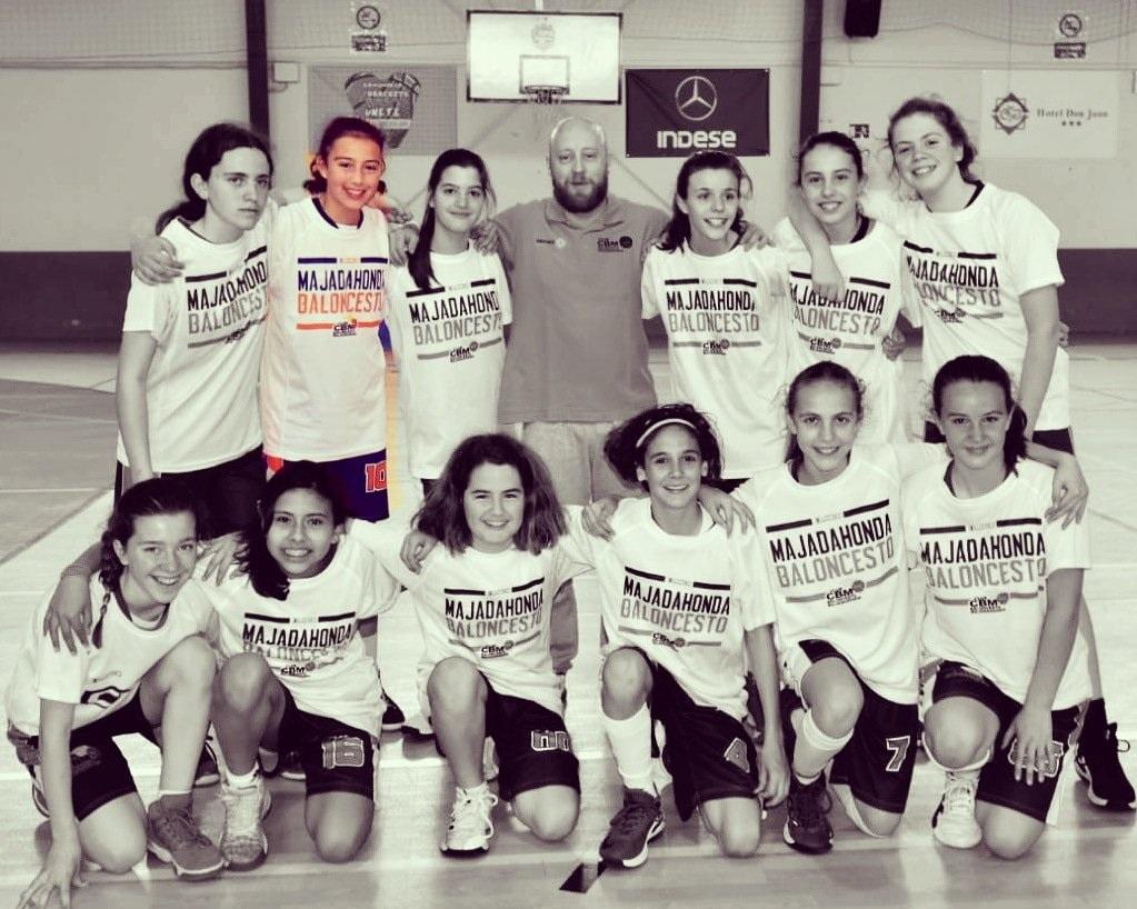 Deporte Majadahonda: Baloncesto, Waterpolo, Voley Playa, Hockey Hielo y Fútbol Sala Femenino