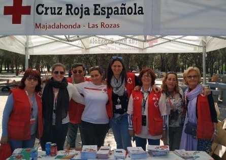 Cruz Roja Majadahonda/Las Rozas: concurso de bandas musicales, marcha de Mayores y Derecho Humanitario