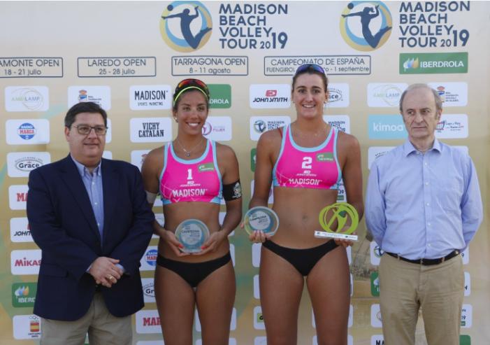 """Voley Playa: Belén Carro vence a Tania Moreno en el """"duelo de majariegas"""" del Madison Beach en Melilla 2019"""