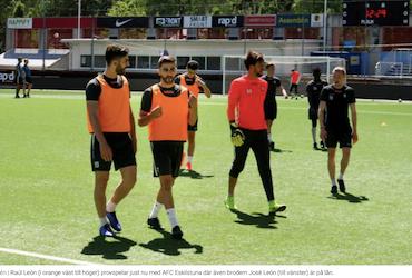 La prensa de Suecia recoge la llegada de Raúl León al AFC (1ª División) tras los pasos de su hermano José León