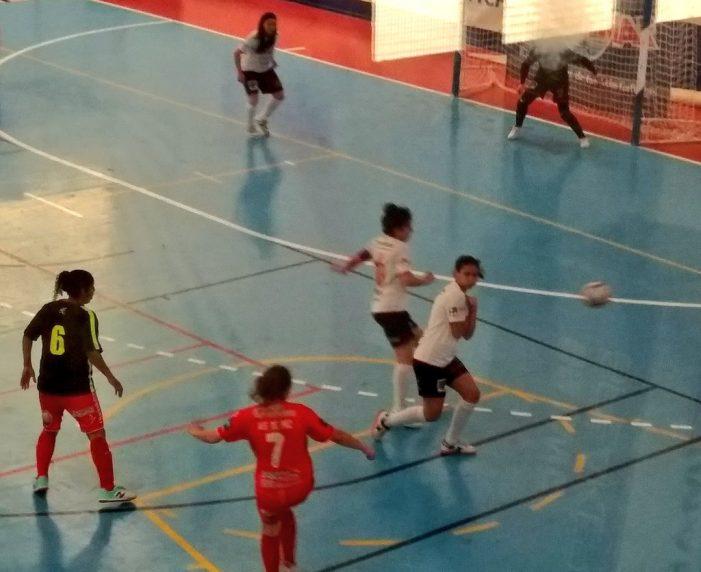 Fútbol Sala: Elena Mateo (Majadahonda) marca el último gol de la liga en Ourense