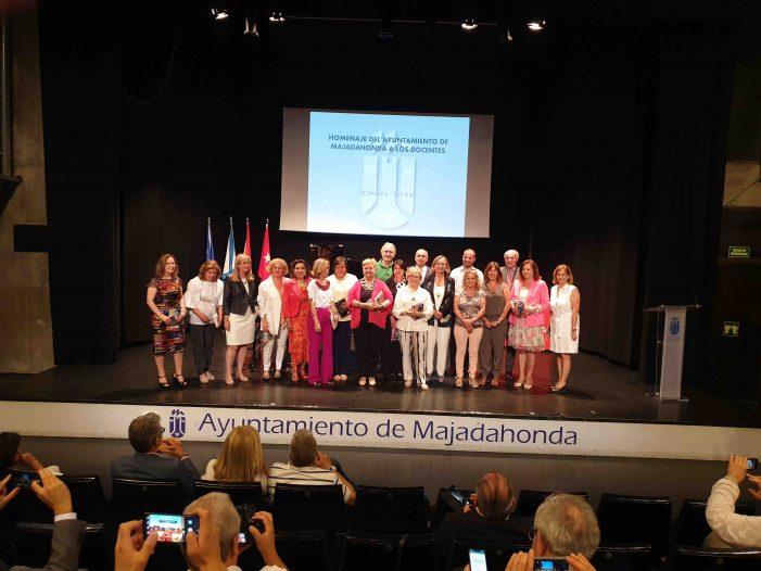 Educación Majadahonda: 14 docentes jubilados, acoso escolar, grado para discapacidad en la Universidad