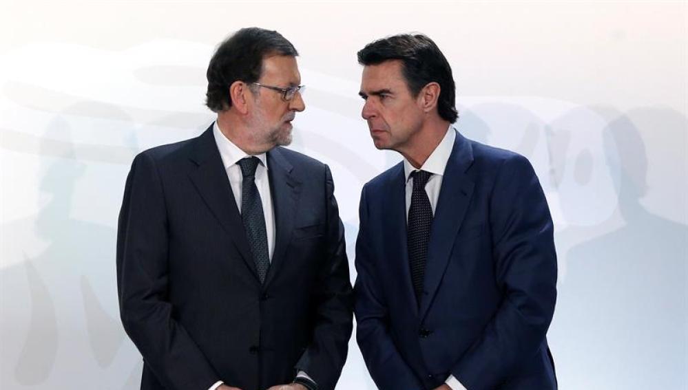 """""""José Manuel Soria (PP), el ministro de Rajoy que subvencionaba las actividades gays"""" (X)"""
