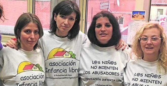 """50 padres y 22 casos en el informe policial sobre denuncias falsas de """"Infancia Libre"""" (Podemos/Majadahonda)"""
