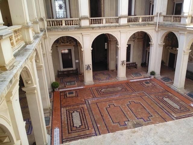La joya arquitectónica del Renacimiento italiano en España a 2,30 horas de Majadahonda: Palacio Bazán (Viso del Marqués)