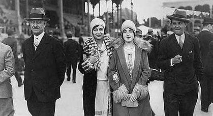 """""""Lisonjas, piropos y cuchufletas por los bulevares del Paseo de Argüelles"""" (Memorias de un soldado de Majadahonda, año 1928)"""