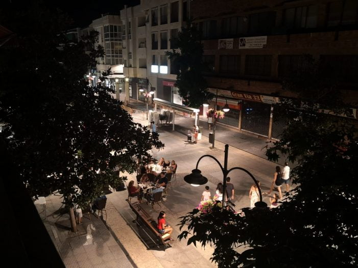 El ruido vuelve en agosto a la Gran Vía de Majadahonda: embriaguez, peleas, voceríos, mascotas y música