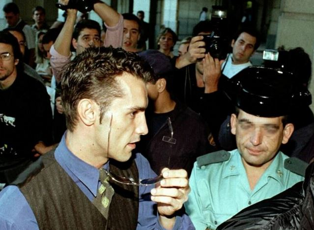 """El """"caso Arny"""": un escándalo que sacudió los cimientos de la normalidad gay en la España de los 90 (XVII)"""