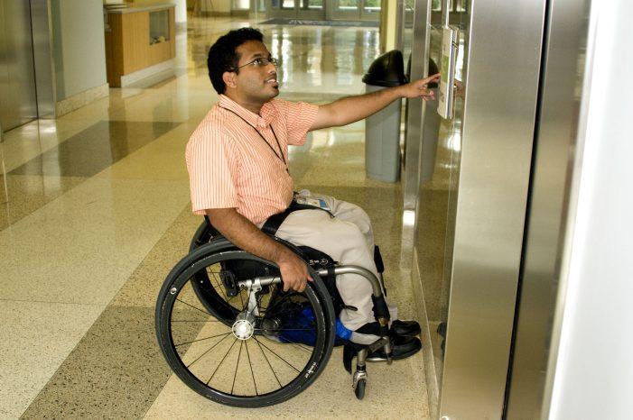 El nuevo Gobierno de Madrid anuncia que reformará el ascensor de los juzgados de Majadahonda por accesibilidad