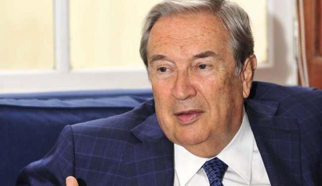 El ex ministro Jerónimo Saavedra se resiste a escribir el prólogo con su propio 'outing'