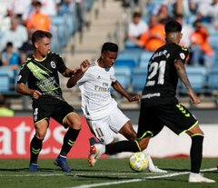 """Rayo Majadahonda sale """"empanado"""" en Valdebebas y el Real Madrid-Castilla lo fulmina en 18 minutos (3-1)"""