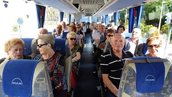 El superávit del Ayuntamiento de Majadahonda y el descuento en el bus a los jubilados